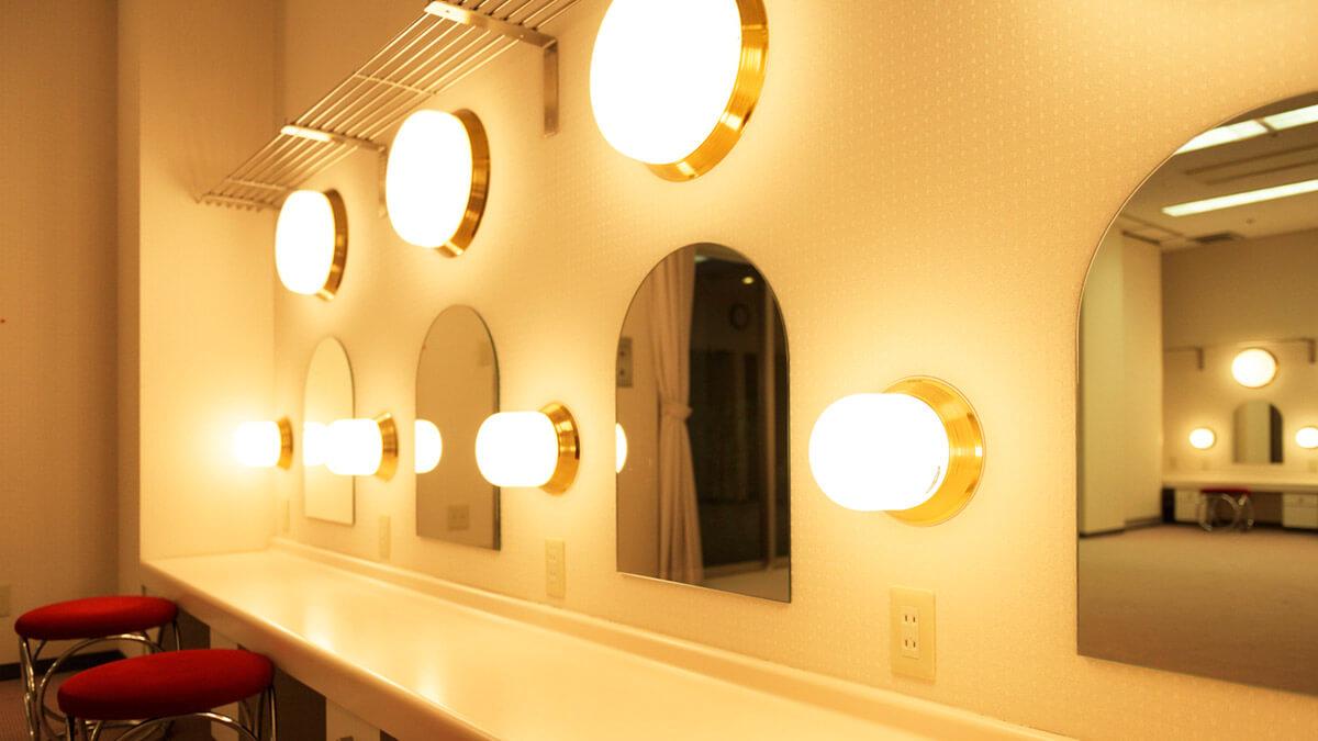 hall-gallery-04-02